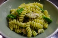 Chicken, broccoli and blue cheese pasta