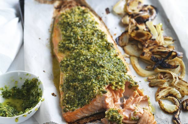 Salmon with parsley pesto