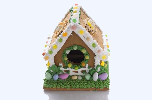 Easter gingerbread cottage
