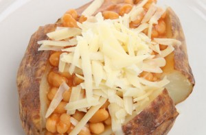 Jacket potato fillings crispy jacket potato with cheesy for Jacket potato fillings mushroom