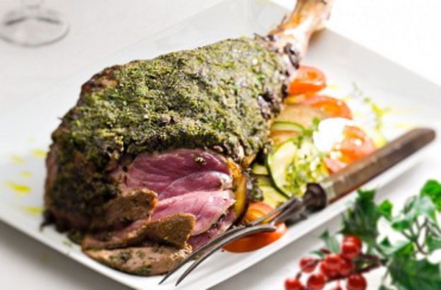 Leg of lamb with a herb crust