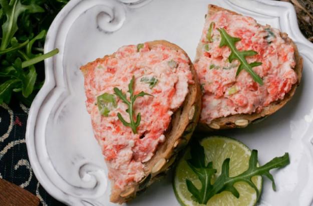 Quick salmon pate