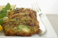 Courgette fritters with minty cr�me fraiche