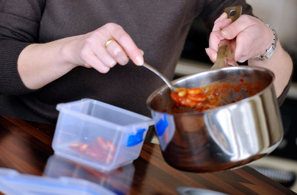 Kết quả hình ảnh cho Don't Put Hot Leftovers In the Fridge Right Away