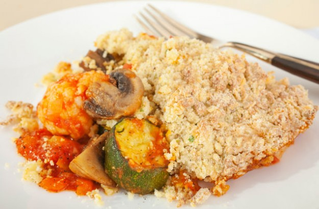Tuna and provençal vegetable crumble