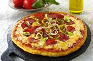 Pepperoni pizza with chilli and onion