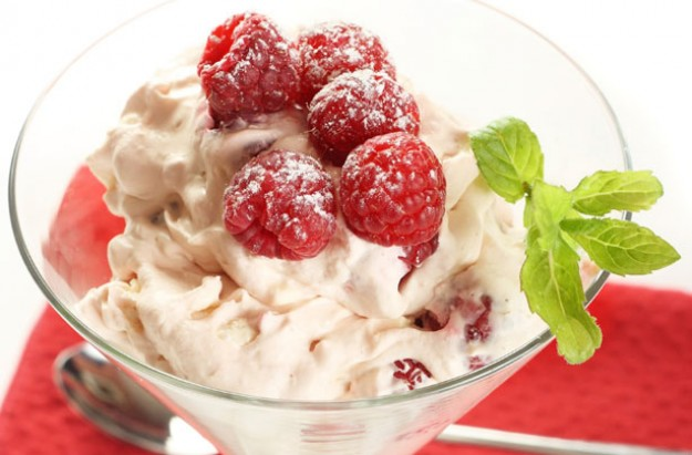 Raspberry and lemon curd Eton mess