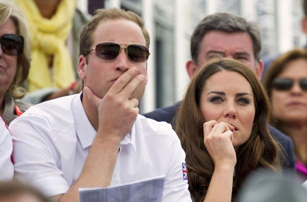 Prince William and Kate Middleton biting her nails