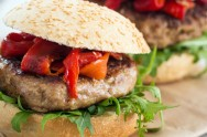 Lamb burgers with grilled peppers