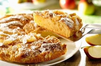Apple and almond sponge