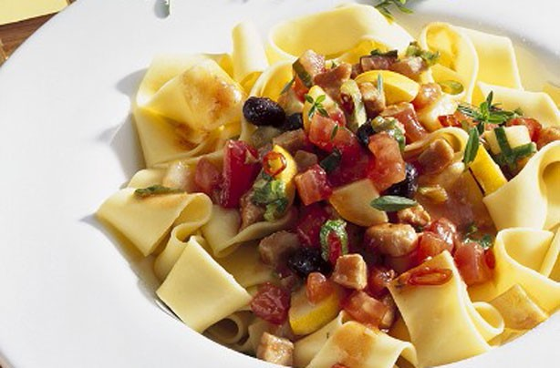 Pappardelle with tuna sauce