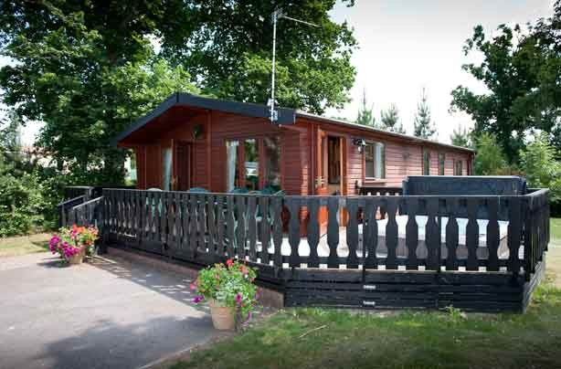 Budget holiday parks New Forest Oakdene