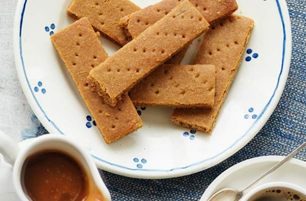 These crunchy caramel biscuit has a hint of cinnamon. They are very easy to bake and this recipe makes 36 biscuits. Tastes great with ice cream or coffee after a meal.