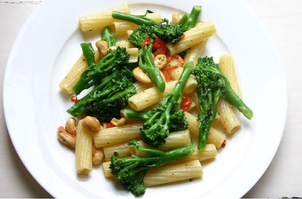 Broccoli, cashew nut and chilli pasta recipe - goodtoknow