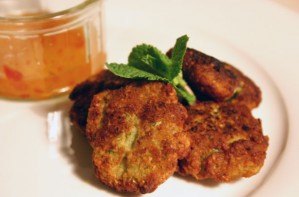 Chilli, coriander and coconut prawn cakes