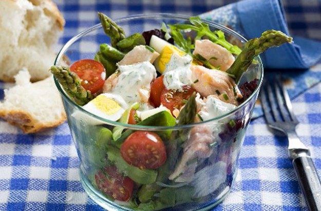 Salmon, egg and asparagus salad