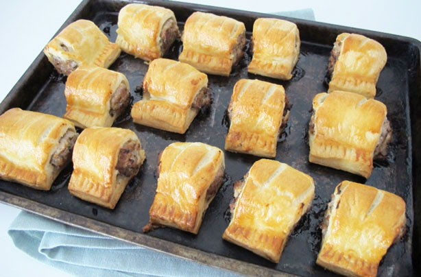 How to make sausage rolls - goodtoknow