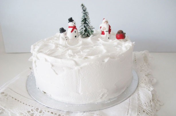 Christmas Cake Icing Recipe Snow Peaks