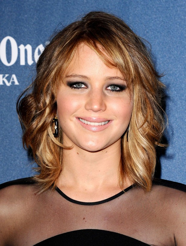 Jennifer Lawrence :Mid-length hair
