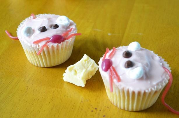 Milkshake mice cupcakes