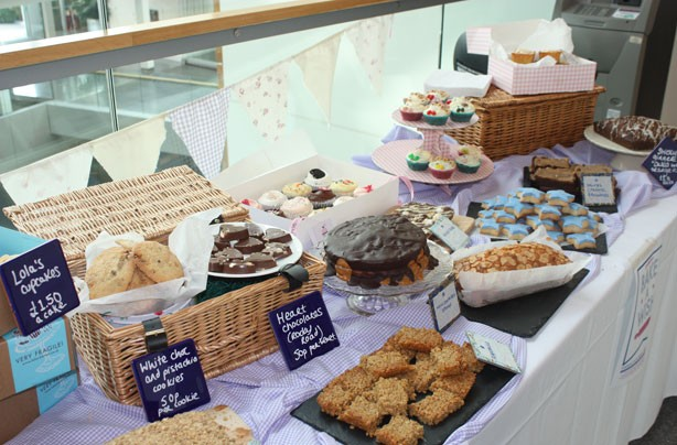 goodtoknow's guide for brilliant bake sales