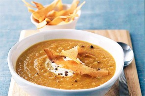 Spiced winter roots soup