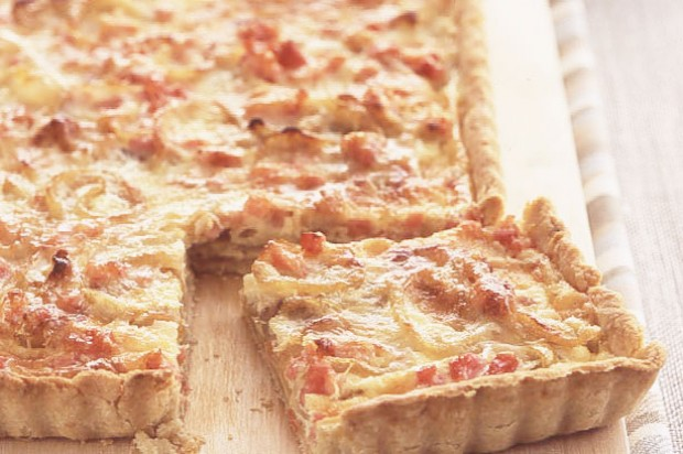 Smoked bacon and onion tart