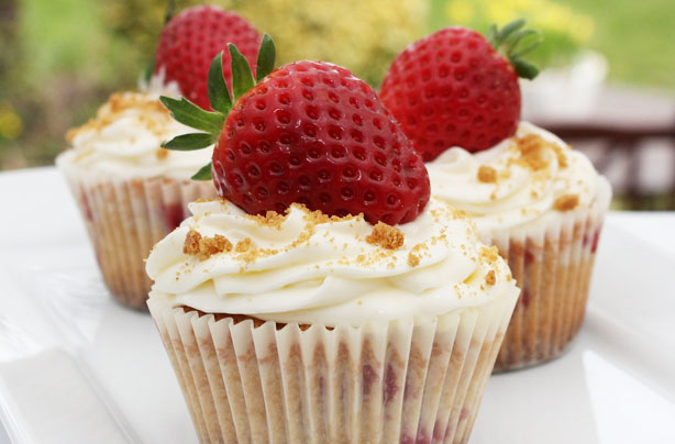 Strawberry cheesecake cupcakes - goodtoknow