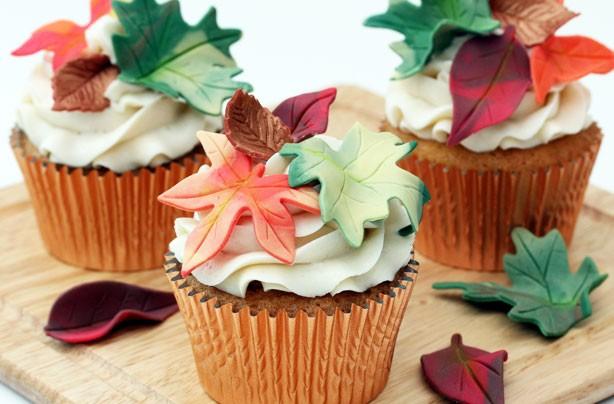 Autumn leaves cupcake