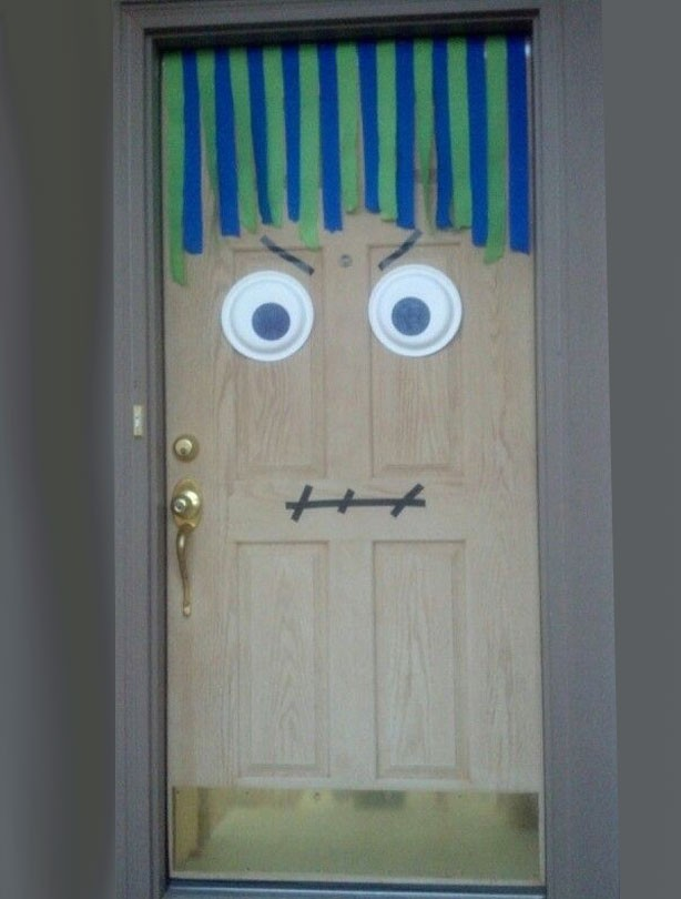 Monster door