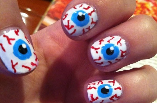 Eye ball Halloween nails