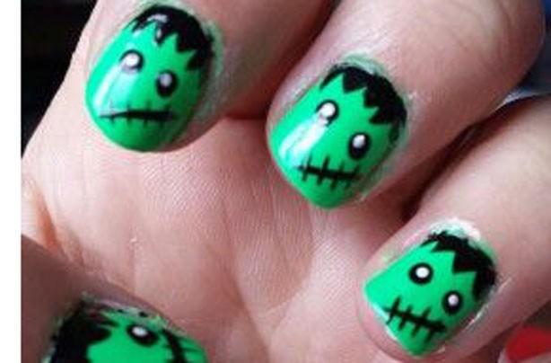 Green monster Halloween nails
