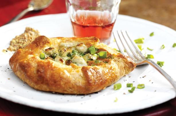 Vegetarian bean and pea pies