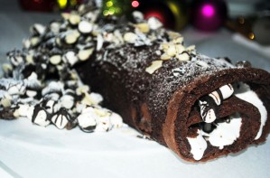 Rocky road roulade