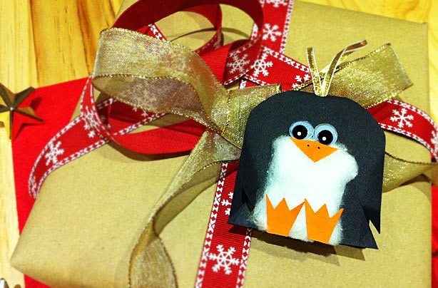 Patch the penguin gift tag Christmas craft