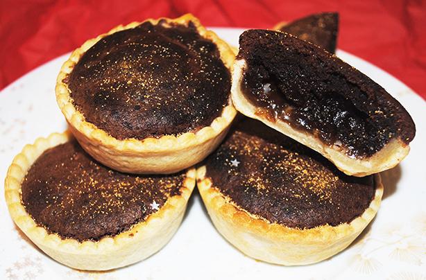 chocolate orange brownie mince pies recipe goodtoknow