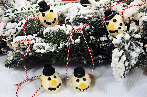 Edible Christmas decorations: a Christmas tree you can eat ...