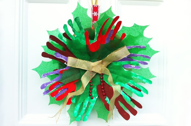 How to make a handprint Christmas wreath