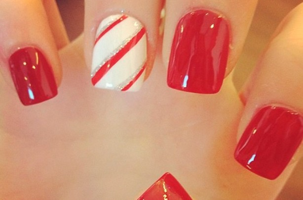 Christmas nail art candy cane goodtoknow candy cane prinsesfo Image collections