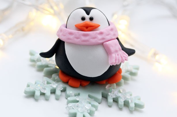 Penguin cake decorations - goodtoknow