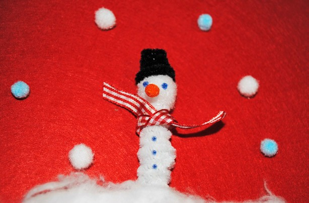 How to make a snowman pencil topper craft