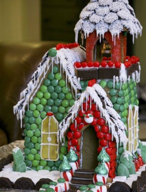 The best gingerbread houses you have ever seen smartie for How to make best gingerbread house