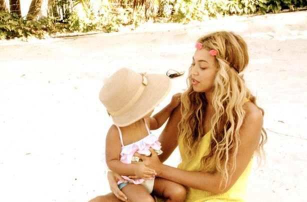 Beyonce and Blue Ivy in a hat