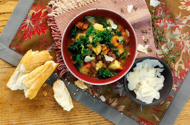 Borlotti bean and kale soup