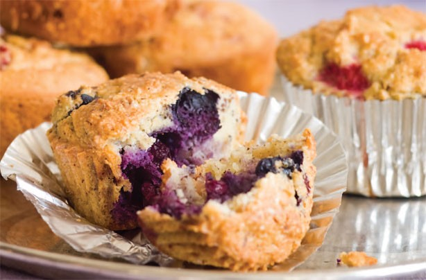 Gluten-free and sugar-free blueberry hazelnut muffins