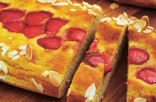 Low-sugar strawberry and vanilla cream lengths