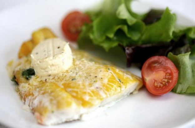 Smoked haddock and salad