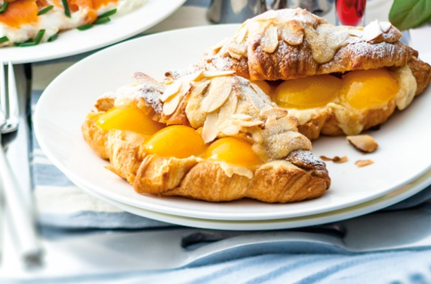 Almond and apricot croissants