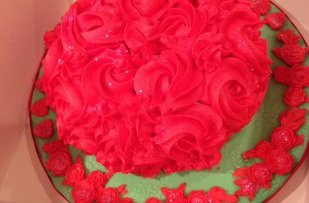Raewyn Duggan First time at rose buttercream cake for Valentines day