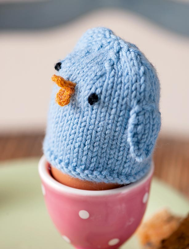 Knitted Chick Egg Cosy Pattern : Egg cosy knitting pattern - goodtoknow